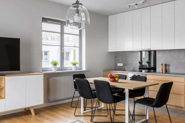 Kitchen, Dining & Furnishings: Are Ready Made Kitchen Table Outdated